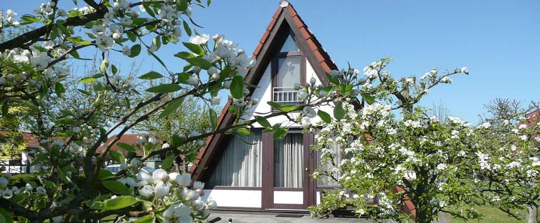 feriendorf altes land am elbdeich ferienhaus wigwam. Black Bedroom Furniture Sets. Home Design Ideas